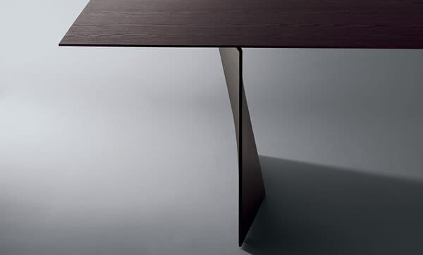 Palio Dining Table by Poltrona Frau Furniture