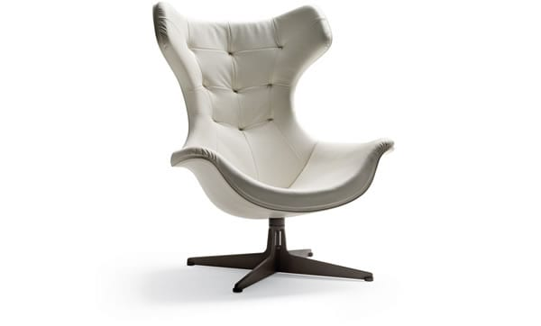 Regina II Chair by Poltrona Frau Group. Office chair with leather upholstery