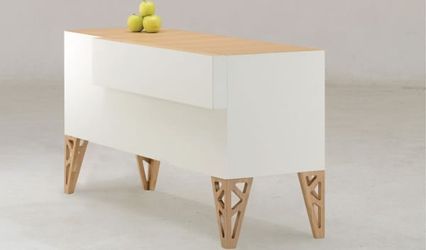 Triangle table by De